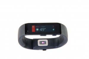 The Microsoft Band displaying the current weather.